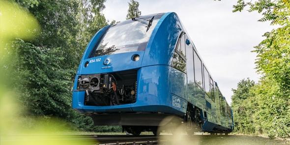 Bild: Wasserstofftankstelle für Züge